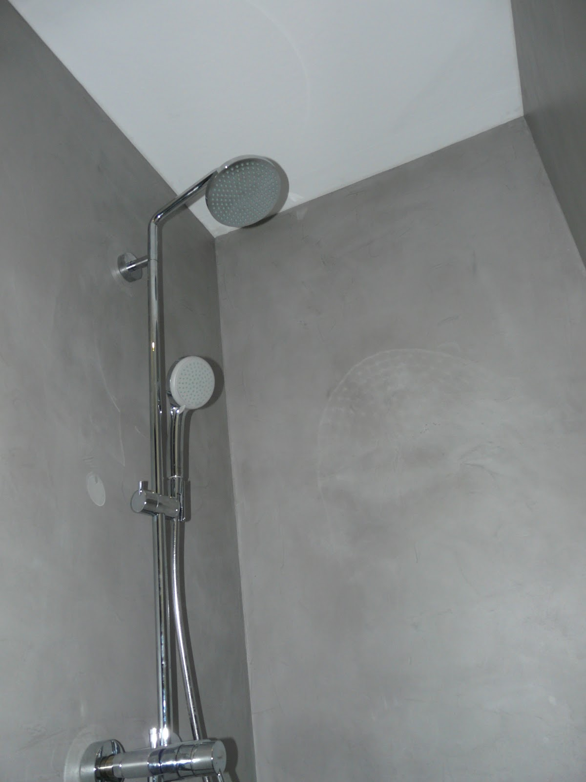 wand wohndesign beton cire beton cir bad in betonoptik. Black Bedroom Furniture Sets. Home Design Ideas