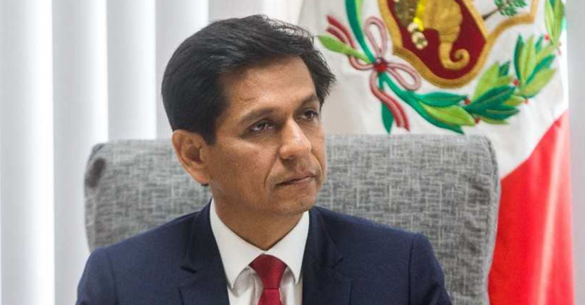 Renunció Ministro Jorge Meléndez del MIDIS, tras audios que le vinculan con traficantes de madera ilegal