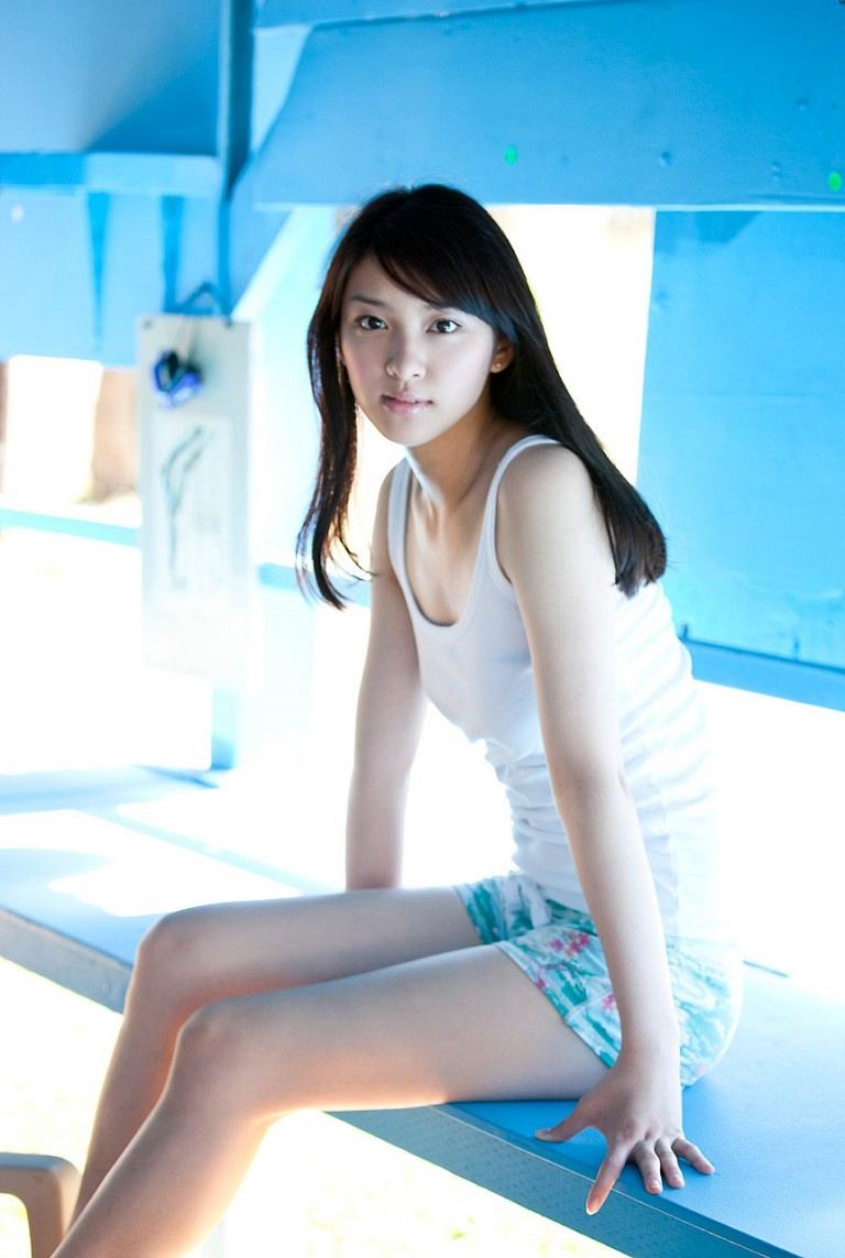 You Like Diz Emi Takei 4
