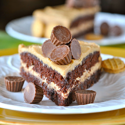 Delicious Peanut Buttercream Frosting with Easy Chocolate Cake