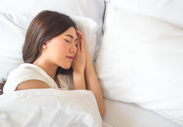 Bổ sung vitamin, ngủ đủ giấc để mắt luôn khỏe mạnh