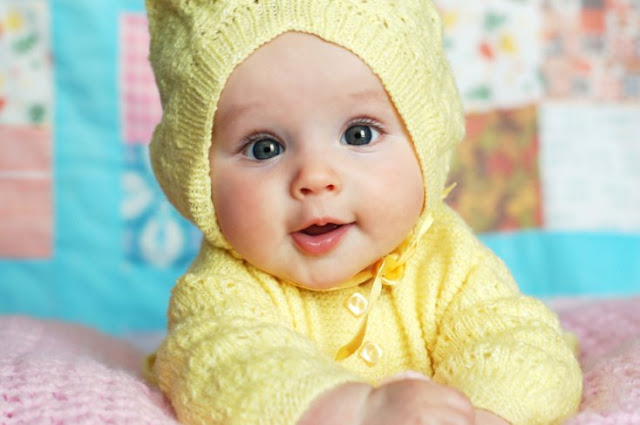 Newborn Smiling Baby Pictures HD Wallpapers Free Download