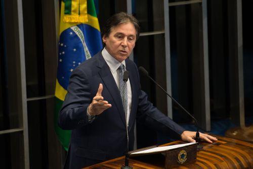 Reforma da Previdência não será aprovada se retirar direitos, diz Eunício Oliveira