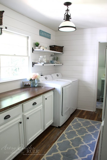 white shiplap in laundry