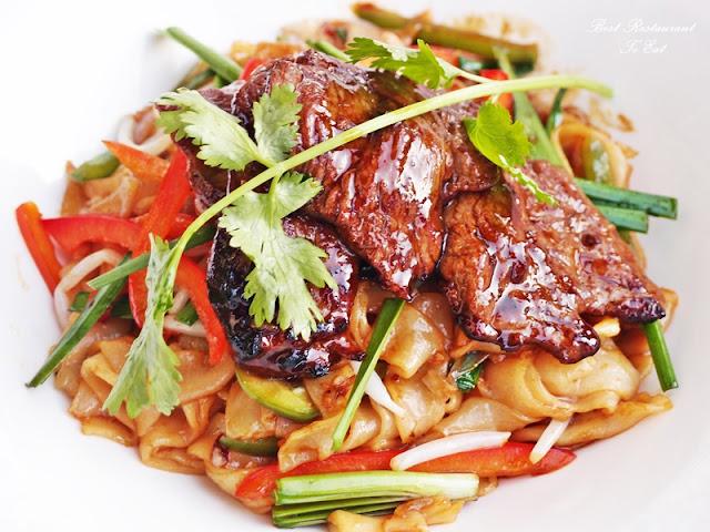Aroi Dee Thai Restaurant Putrajaya Palm Garden Hotel IOI Resort Braised Udon Noodle with Seafood
