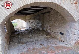 Alquezar en Huesca, España - callizo