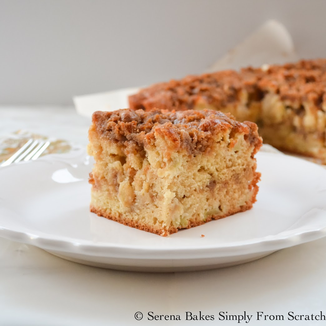 Apple Coffeecake With Cinnamon Brown Sugar Crumb