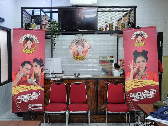 Yummieeh Ussy Cipete Jakarta