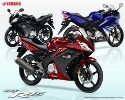 2012 Yamaha YZF-R15.jpg