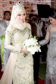 Contoh gaun pengantin muslimah terindah di dunia Terbaru