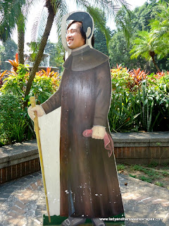 father ed at fort Santiago