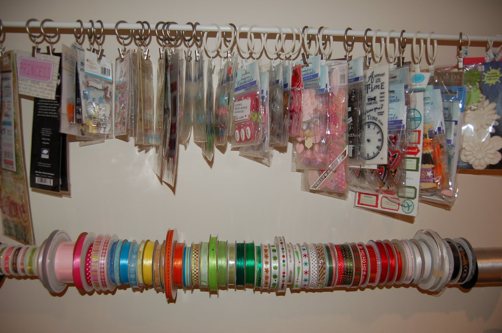 Ribbon holder diy crafting for fun diy ribbon holder my crafty corner solutioingenieria Image collections