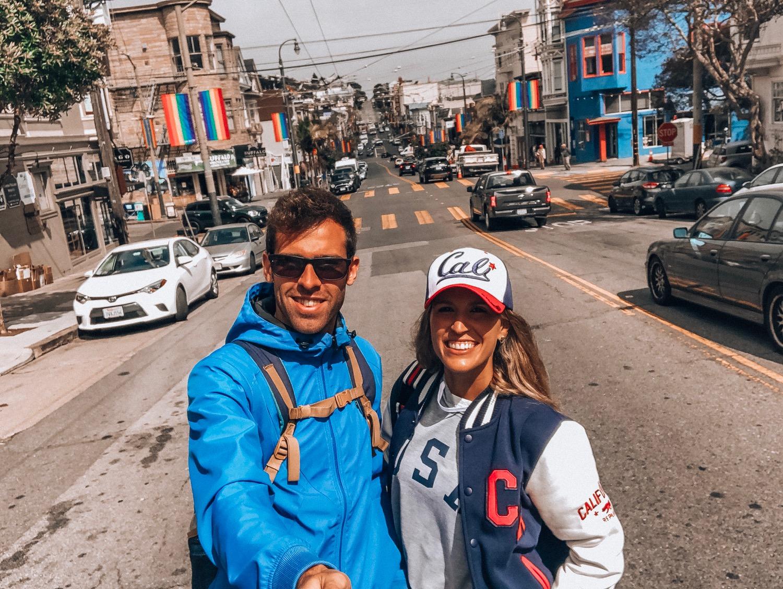 banderas adornan el barrio de Castro