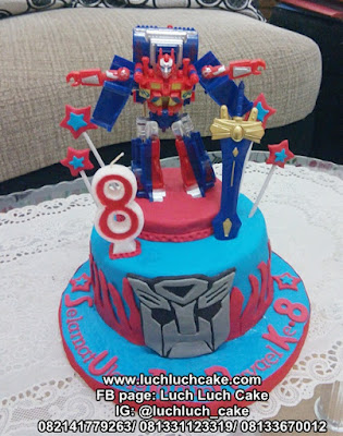 Transformer Optimus Prime and Bumble Bee Birthday Cake Fondant