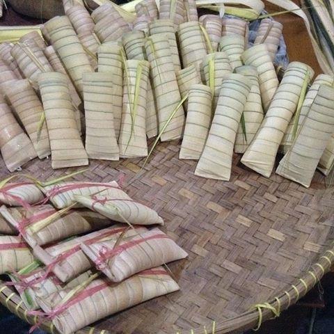 Makanan Khas Bali Tipat Blayang