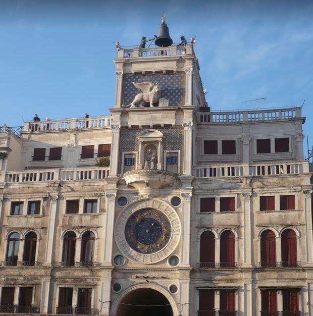 torre dell'orologio in piazza san marco venezia