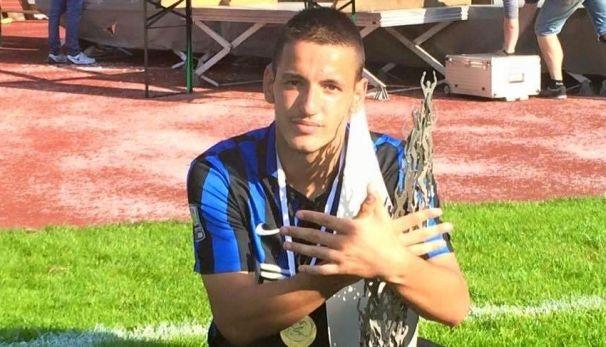 Inter Milan buys Rey Manaj