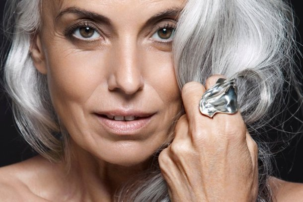 Conoce a Yazemeenah Rossi: 60 y fabulosa