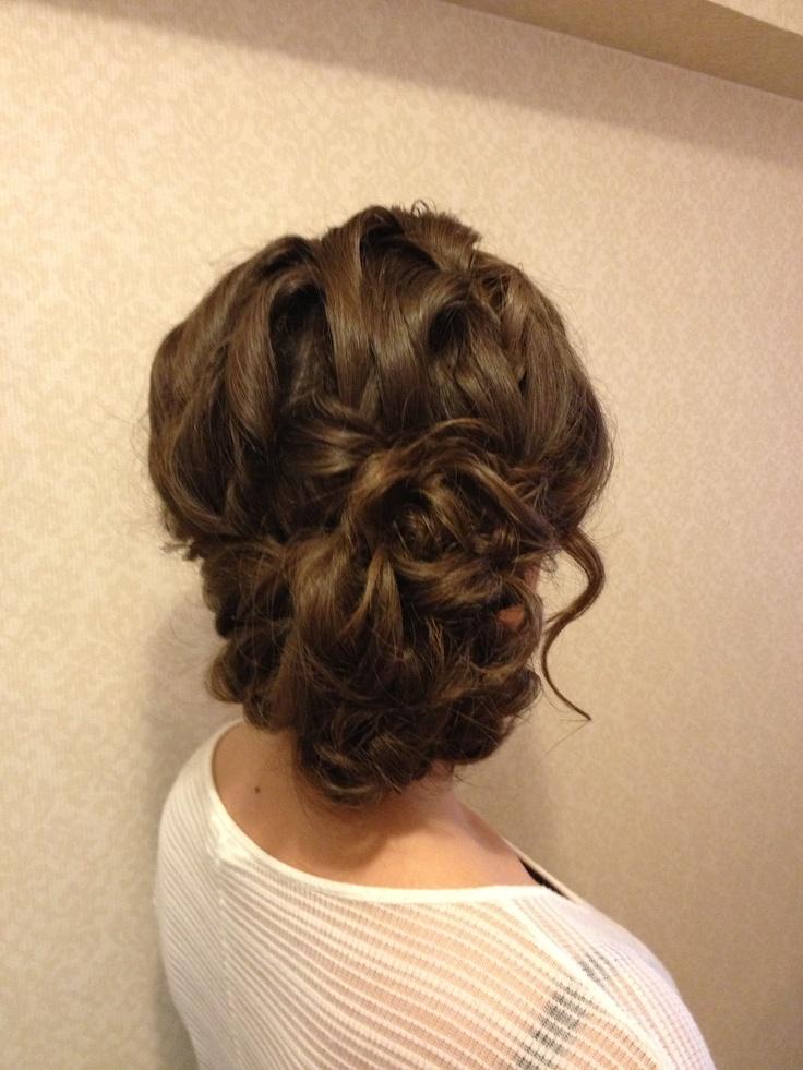 45 Elegant Loose Updo Hairstyles Hairstylo