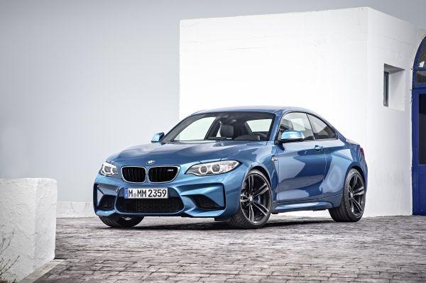 P90199668 lowRes the new bmw m2 coupe Η BMW το 2016 θα γιορτάσει 100 χρόνια ζωής με μια σειρά από εκδηλώσεις και παρουσιάσεις... Mοντέλων