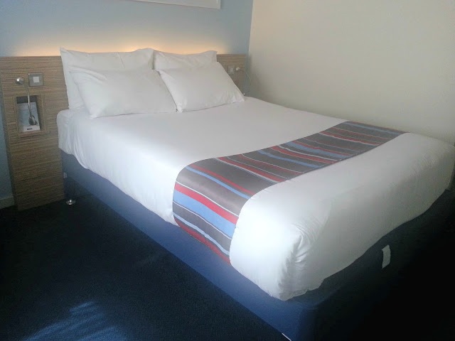 Hotel Bed, Travelodge, Birmingham