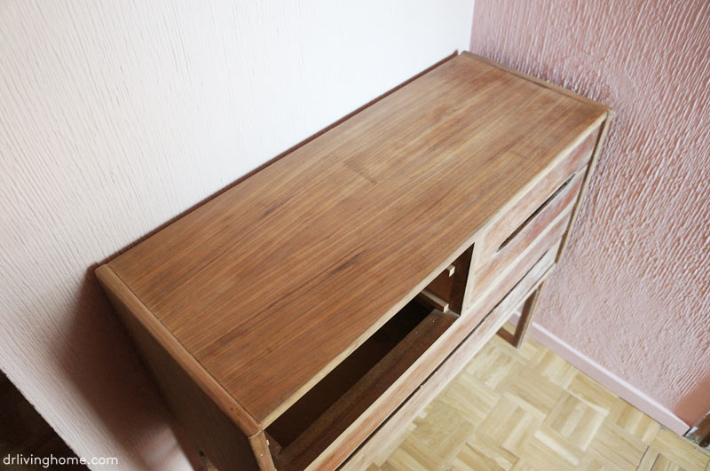 How to renovate an old dresser with brass sheet metal