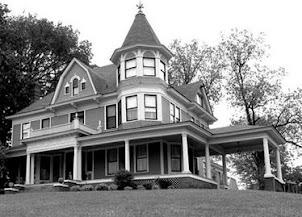 Magnolia Hill B-and-B, Helena's Haunted House