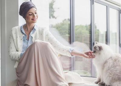 Penjelasan Perawatan Kanker Membuat Rambut Rontok