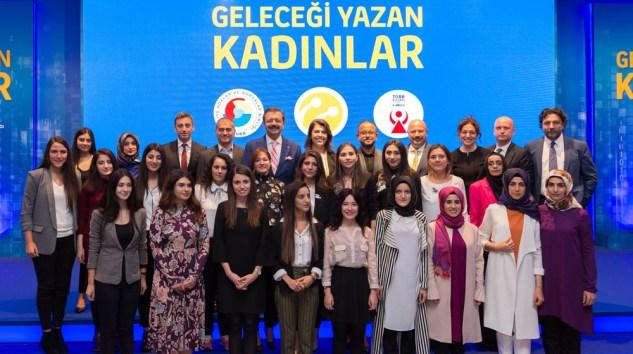 """""""Geleceği Yazan Kadınlar"""" projesi için son başvuru 21 Ocak"""