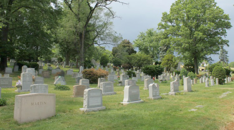 A Vintage Nerd, Woodlawn Cemetery, Mary Pickford Burial, Vintage Blog, Where Old Hollywood Stars are Buried