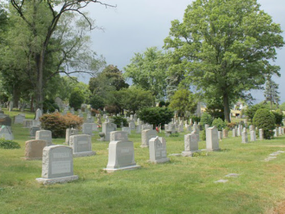 Woodlawn Cemetary's Stars of Stage Tour