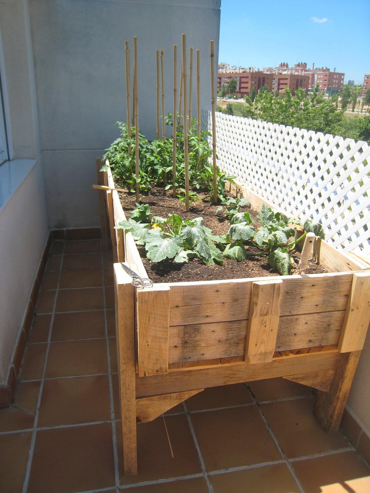 Renovarte con palets para el jardin y huerto - Huerto y jardin ...