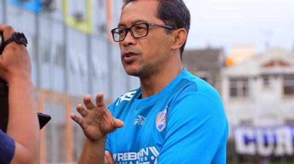 Pelatih Arema FC Protes dengan Jadwal Timnas Indonesia