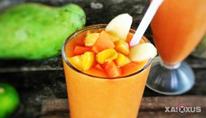 Resep cara membuat jus mangga campur pepaya dan apel