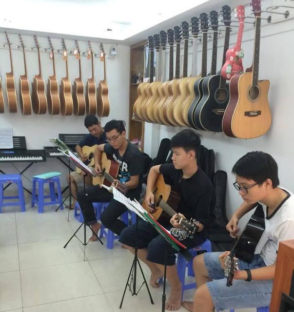 Lớp học Guitar quận 2