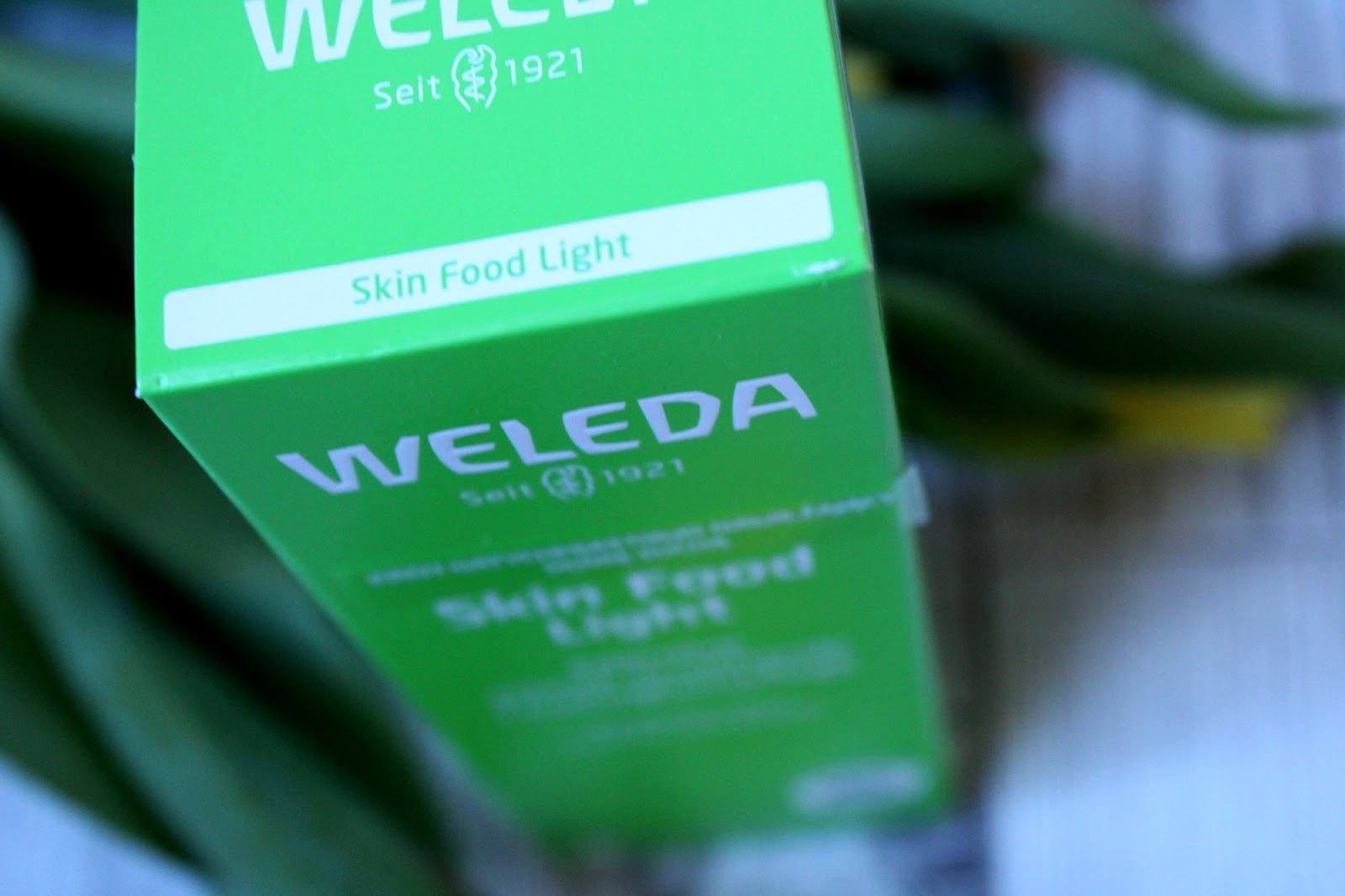 WELEDA Skin Food Light