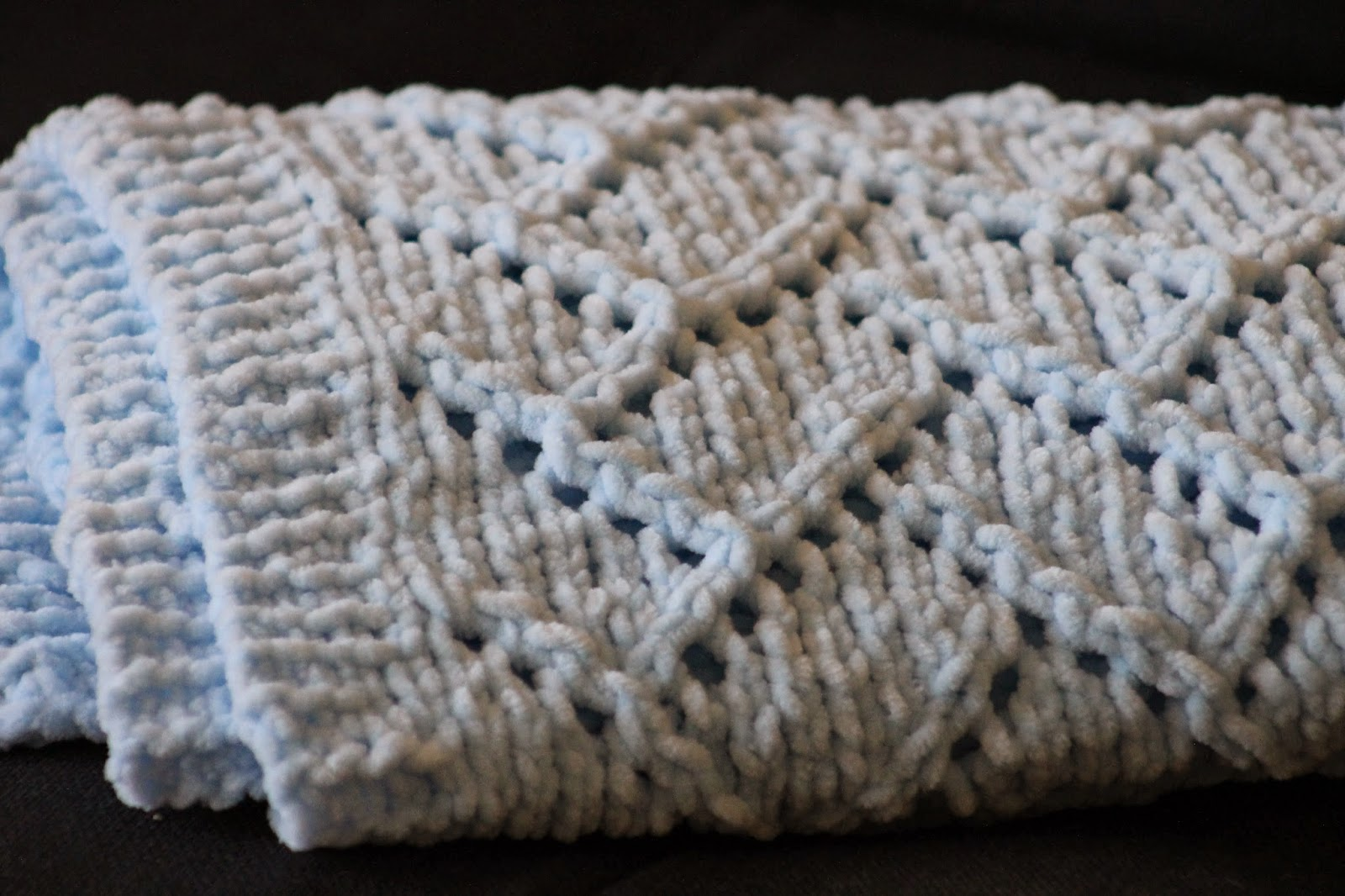 Balls to the Walls Knits: Bricklayer\'s Lace Baby Blanket