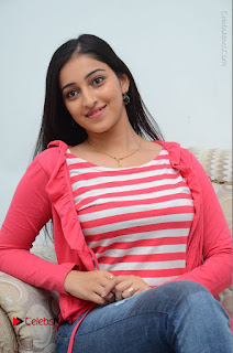 Telugu Actress Mouryani Latest Pos in Blue Denim Jeans  0135.JPG