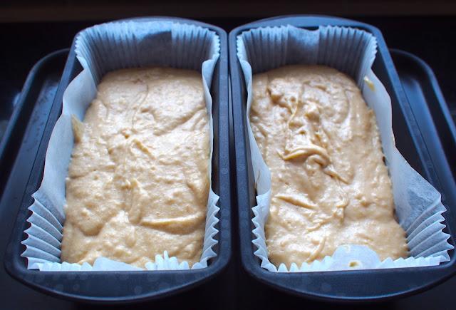 Banana Cake 20cm Tin