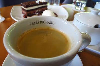 Atout, coffee