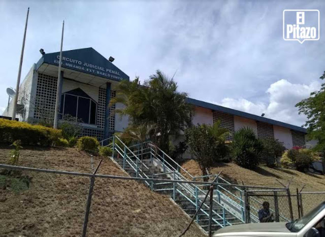 Destituyen a juez tras ordenar libertad plena a jóvenes detenidos en Guarenas el #30Abr