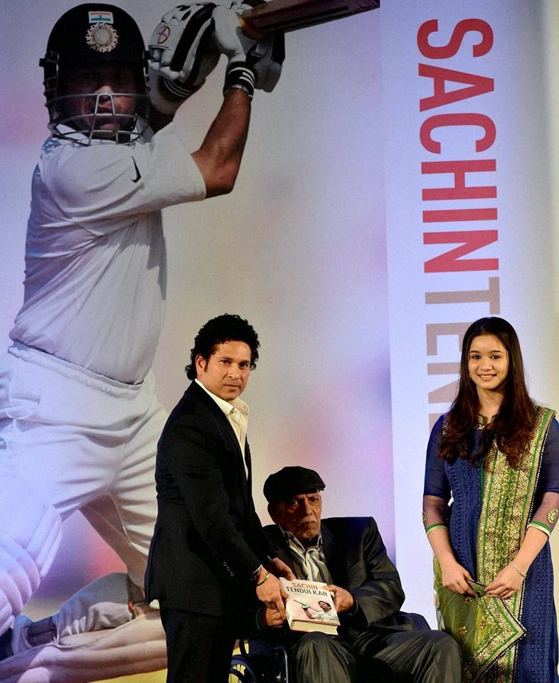 Tendulkar unveils his autobiography ''Playing it My Way'