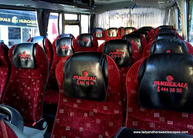 Pamukkale Turizm bus seats