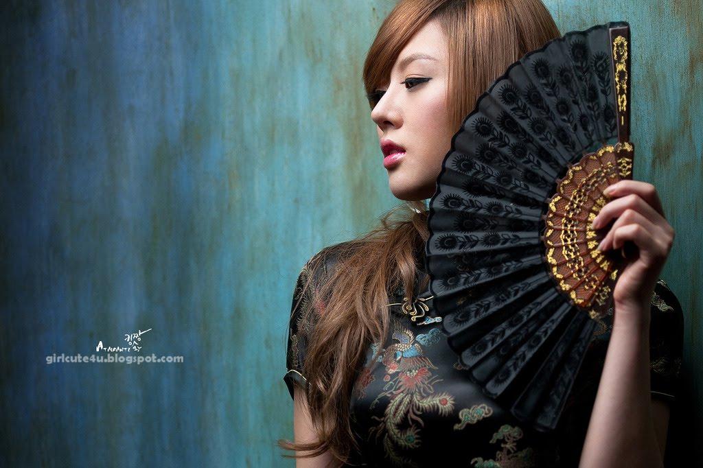xxx nude girls: Hwang Mi-Hee, Chinese Style