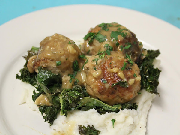 Date Night at home (Meatballs with gravy, roasted garlic mash and crispy kale)