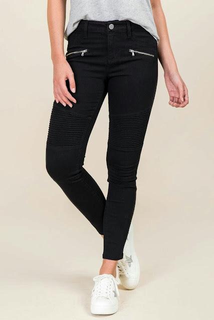 Black  Zipper skinny jeans