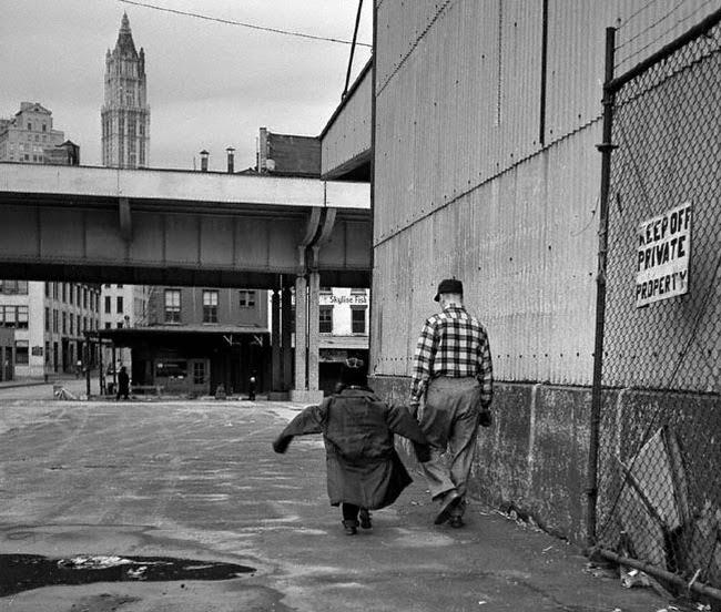 40 Stunning Black and White Photos Capture Everyday Life ...