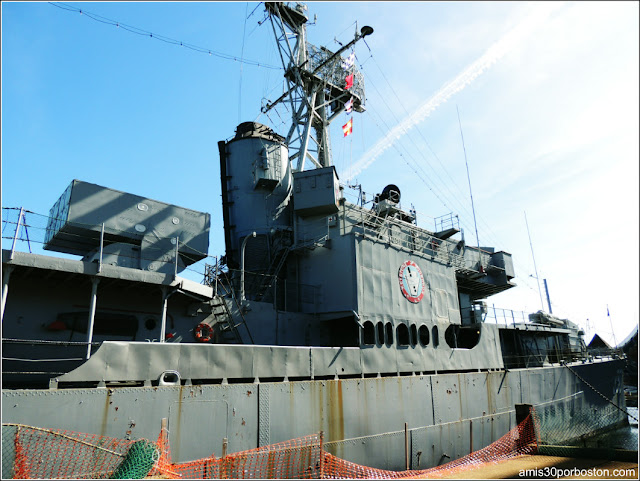 USS JOSEPH P. KENNEDY, JR. DD850