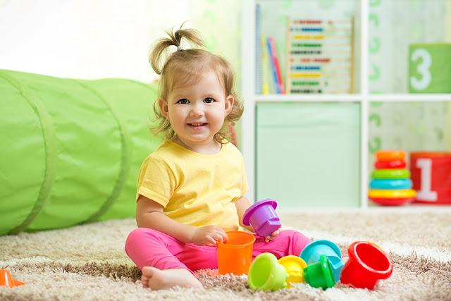 Cum puteti incuraja joaca independenta a copilului