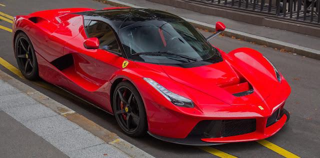 登場間近の「ラ フェラーリ・スパイダー」は70台限定で価格は6億円以上とのウワサも。